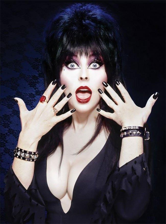 Elvira Sexy Photos